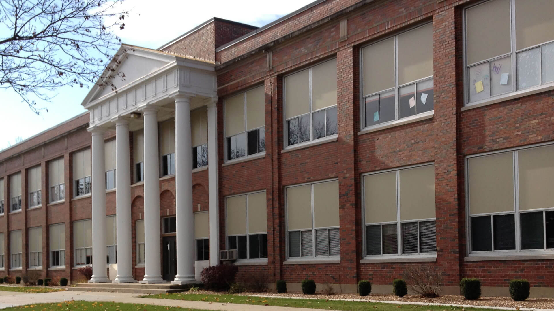 Oregon Community Unit School District 220